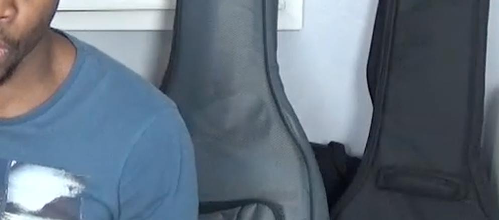 Comment mieux jouer la guitare, et le sebene.